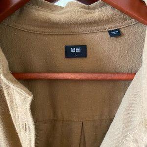Uniqlo flannel shirt in tan Sz XL